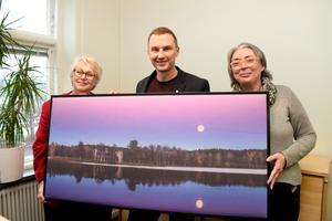 Ywonne Gill, Pierre Klasson och Etelka Huber jobbar på kommunikationsavdelningen i Sävsjö.