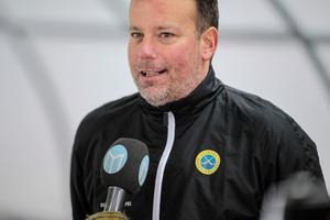 Förbundskapten Svenne Olsson menar att gruppdynamiken är det som ska ta Sverige till VM-guld. Bild: Rikard Bäckman / Bandypuls.se / TT