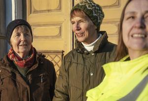 Monika Zetterlund, Lena Bergqvist och Birgitta Hallin Olsson är riktigt nöjda med hembygdsgårdens nya läge.
