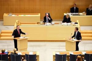 Rune Östberg kallar direktsändningarna från riksdagen för ett stand up-program utan vare sig underhållning eller intressant innehåll. Bild: Henrik Montgomery/TT