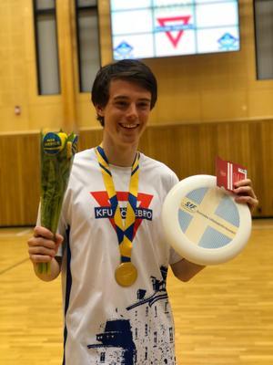 Under helgens svenska mästerskap blev Jonatan Angergård utsedd till Sveriges bästa herrspelare 2017. Foto: Privat