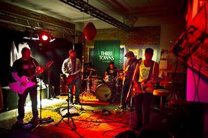 Den nya EP:n består av retrorock av The Spokes, det vill säga från vänster Jens Schulstad, Henrik Engblom, Jimmy Håkansson, Jonas Nordström och Anders Toresson.