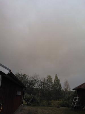 Röken har kommit till Brandbo