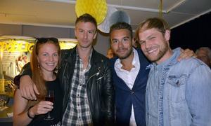 Anna Olofsson, scenograf, Filip Berg, skådespelare, Johannes Hobohm, producent och Jens Vallsten, scenografassistent.