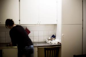 Trots dödshotet från sin man får Fatima och hennes familj inte stanna i Sverige.