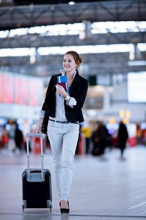Det finns en standard för yttermåtten av kabinväskor som de allra flesta tillverkare följer, men det kan ändå skilja på hur mycket väskorna rymmer.    Foto: Shutterstock.com