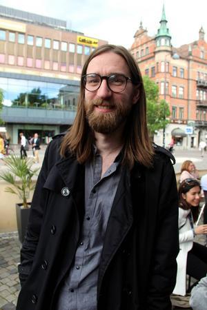 Viktor Zeidner är en av arrangörerna bakom den elektroniska undergroundfestivalen PUSH.