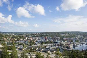 Gemensamt kan vi se till att Örnsköldsvik ska platsa som Sveriges vackraste stad som den utan E4 i centrum skulle bli, menar insändarskribenterna.