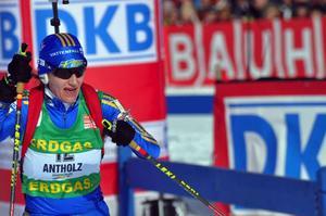 Efter lördagens suveräna uppåkning där hon slutade fyra blev Anna Carin Olofsson på söndagen femma i mass-tarten. Foto: Hans-Råger Bergström