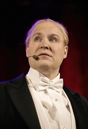 Henrik Dorsin har blivit en favorit för många sedan rollen som Ove Sundberg i humor-serien Solsidan.