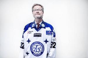 Trots Åke Norströms löfte blev det inte en enda värvning under hösten.