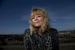 Belinda Olsson leder SVT Opinion Live, som enligt krönikören Lisa Magnusson