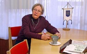 Evelyn Johansson, 88 år, deltar i två studiecirklar, en i engelska och en i EU-kunskap.Foto: JOHNNY FREDBORG