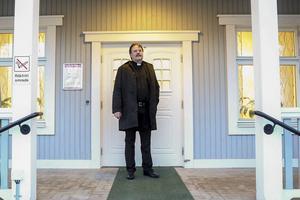 Leif Vestberg lämnar sitt kontor på pastorsexpeditionen i Sveg efter nyår.