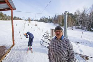 Ulla Fredriksson har skött lift och lånat ut utrustning i Källfallsbacken.