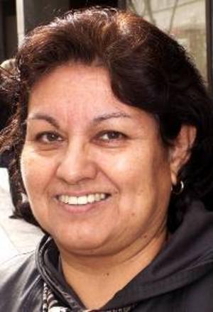 Maria Salinas, 55 år, Upplands Väsby:– Nej. Den skulle äta upp växterna i trädgården och bajsa överallt. Jag hade både hund och katt i Chile när jag var liten.