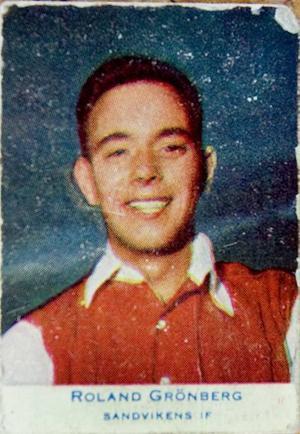 idolkort. Högerinner Roland Grönberg på ett samlarkort från slutet av 1950-talet.