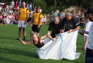 Säckhoppningen fällde Lofsdalens tappra lag som nådde en fin semifinalplats.