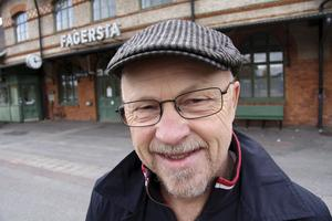 Även Stig Henriksson (V) har fått prata om vad han tycker försvaret behöver. I likhet med Peter Hultqvist fick han ge sitt partis syn på Natomedlemskap.