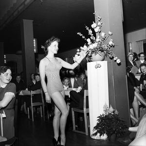 Välklätt badmode 1953.
