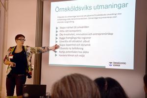 Örnsköldsviks kommuns tillväxtchef, Vanja Östman, pratade på lunchträffen om kommunens utmaningar när det gäller att integrera nyanlända i det svenska samhället.