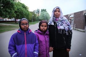 Imam Mohamud, Hamda Hussein 9 år och Hanaan Hussein, 8 år