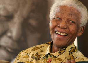 Nelson Mandela fotograferad 2005. Nu ges en uppföljare till hans självbiografi