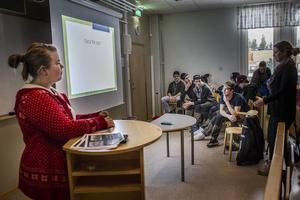 Sofia Jonasson och Lovisa Landin föreläste om hur man kan jobba med integration i Ljusdal.