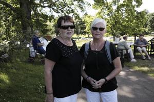 Margareta Brolin och Ulla-Britt Lundin kom på säsongens sista lunchmusik.