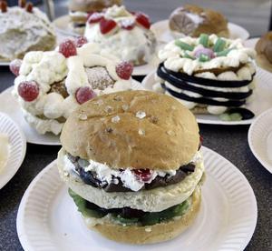Viktigt hantverk. Hantverket behandlas styvmoderligt av Myndigheten för Yrkeshögskolan, menar bland andra Sveriges bagare och konditorer.foto: Per g Noren