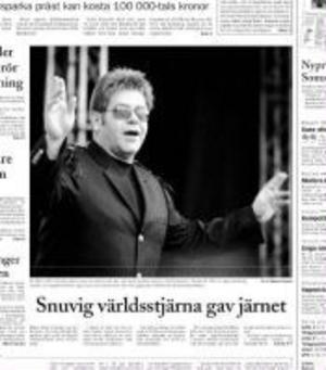 Ur ST 29/6 2003. Världsartisten Elton John gjorde sin enda Sverigekonsert på den nya arenan i Sundsvall.