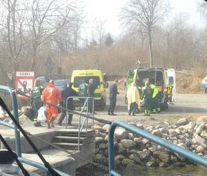 Tre personer fördes till sjukhus efter dramatisk kollision med en Finlandsfärja.