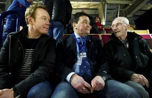 Vilgot Larsson, längst till höger, tillsammans med Niklas Eriksson och Lars