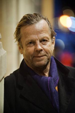 Krister Henriksson är på Storsjöteatern 11 februari.