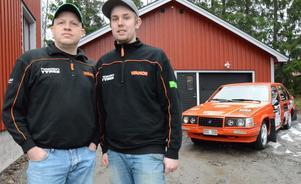 Rallykamrater. Magnus Hermansson och Emil Karlsson. I helgen blev duon tvåa i JSM i Östersund.