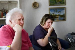 Det har varit en jobbig tid. Karin Bystedt och dottern Margareta Bystedt bor sedan olyckan tillsammans i Karins lägenhet på Brynäs. Radhuset i Bomhus står tomt i väntan på att Margareta ska bli bättre.