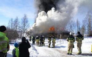 25 brandmän deltog i övningen i lördags.