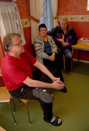 Tord Ottosson, Ann-Christin Söderlund och Sune Hjälm tycker att projektet Kraftcentrum 2 i Strömsund är en bra satsning för de som står utanför arbetsmarknaden. Foto: Jonas Ottoson
