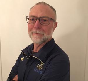 Rune Gustafsson, välkänd idrottspsykolog, tror på Mora i kraft av att de rider på en framgångsvåg.