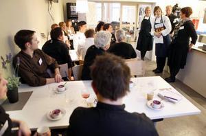 Ulrika Brydling jobbade tidigare på Marmite i Åre. Nu reser hon runt som inspiratör för olika kockar landet runt. Under måndagen var det hennes kollegor i länet som hälsades på.