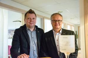 Socialdemokraterna Per Nylén och Glenn Nordlund presenterade den budget som de lägger fram tillsammans med Vänsterpartiet.