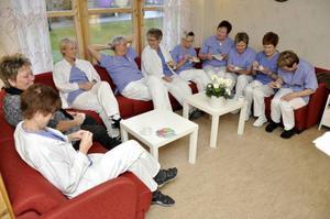 Totalt arbetar 15 personer vid Folktandvården i Brunflo som har 5450 patienter. I går firades att Folktandvåden funnits i Brunflo sedan 1943.