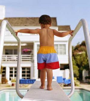 När man minst anar det kan olyckan vara framme när barnen badar.