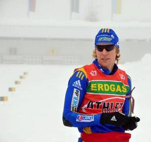 Tät dimma var kanske inte de idealiska förutsättningarna när Mattias Nilsson fortsatte att leta efter sin skjutform.