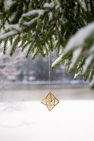 En liten himmeli blir en fin dekoration till julgranen.