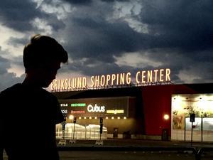Erikslunds köpcentrum.