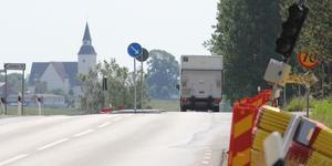 Trafikverket har byggt en passage så att utsatta trafikanter lättare kan korsa vägen.