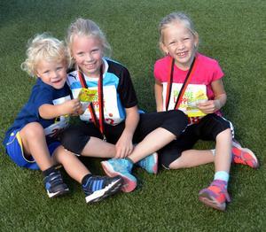 Syskonen Andersson - Melker 3, Alice 9 och Agnes 6 år var med och sprang Skördeloppet.