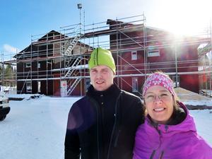 LT besökte Berne och Annica Brenje 2015 under bygget av det nya hotellet.