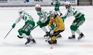 Vadim Arkhipkin gjorde 2–2 och var den som ständigt hotade Västeråsförsvaret.